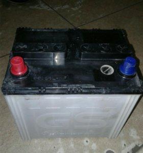 Аккумулятор в хорошем состоянее 55 Ампер