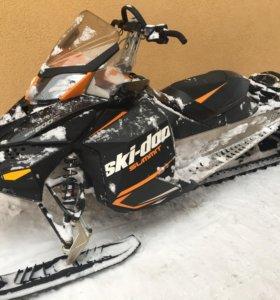 Продаю снегоход BRP summit 800
