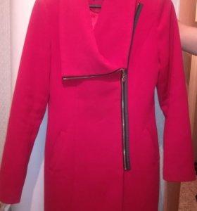 Любое платье 500 руб. Пальто 1500 руб.
