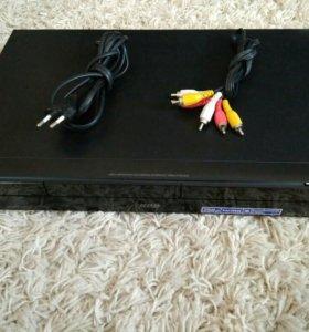 DVD рекордер SONY RDR-AT200
