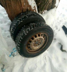 2 зимних колеса Aurora