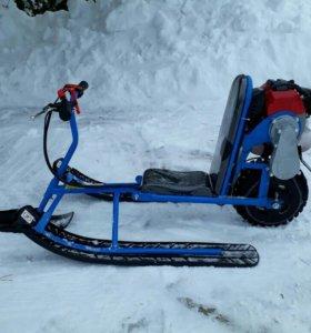 Снегоход-детский-бензиновый