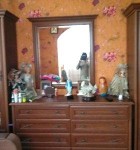 Мебель 2 пенала и комод
