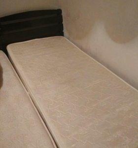 Кровать( в наличие 2 штуки)