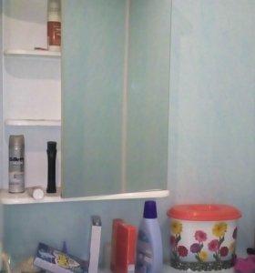 Зеркало со шкафом в ванну