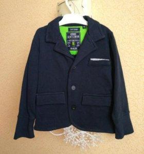 Трикотажный пиджак 92