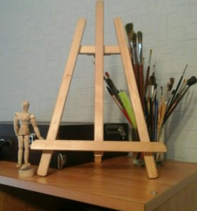 Тренога и модель деревянные