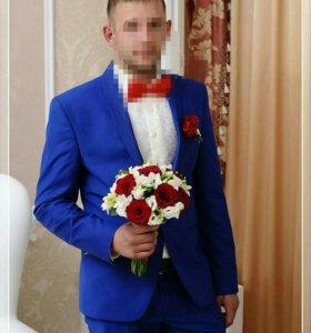 Фирменный костюм Daniel Perry
