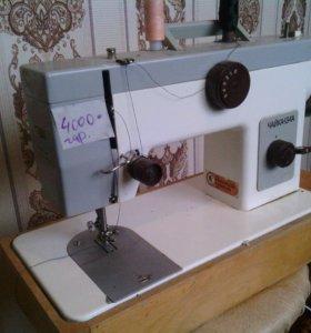 Эл.швейная машина в хорошем состоянии с гарантией