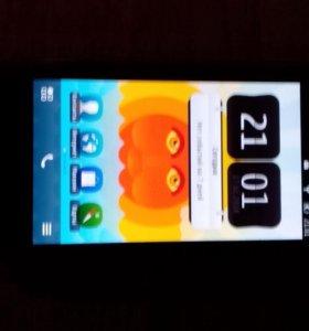 Продаётся оригинальный телефон Nokia x7