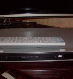 Продам DVD плеер LG