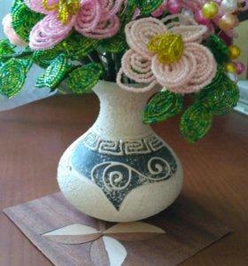 Ваза с цветами из бисера