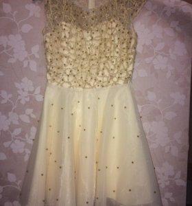Продаётся платье!