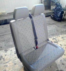 Пассажирское сдвоенное сиденья Фольксваген Т5 Т6