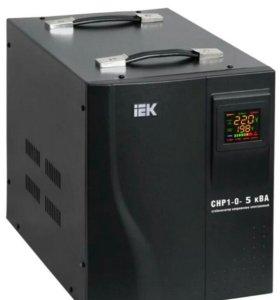 Стабилизатор напряжения IEK Home СНР1-0-5 кВА