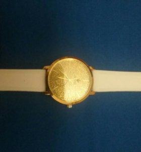 Часы подростковые (с лизъяном )