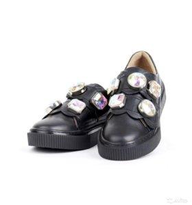 Новые кожаные Слипоны туфли
