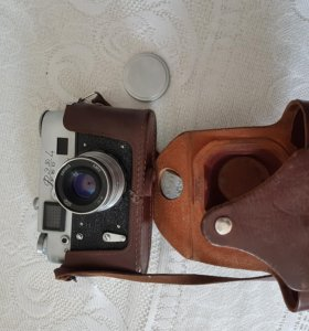 Продаю фотоаппарат ФЭД-4