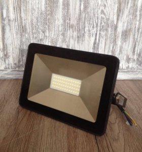 Светодиодный прожектор 10Вт,30Вт,50Вт