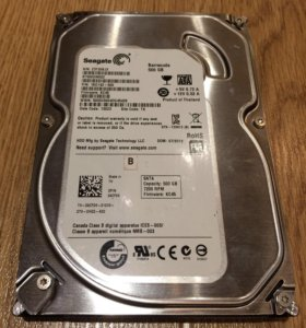 Seagate Barracuda 3.5 500Gb есть 2 диска