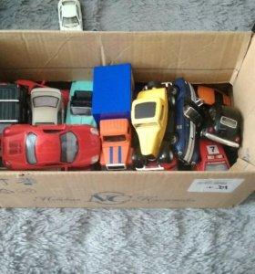 27 моделей автомобилей