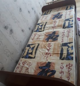 Продам кровать 80/200 см состояние хорошее.