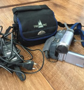 Sony Digital Handycam DCR-TRV19E