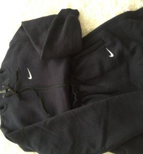 Спортивный костю Nike
