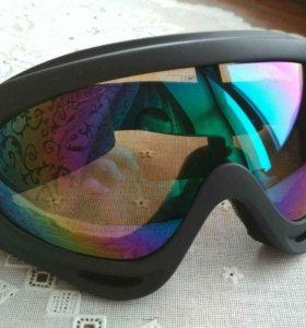 Очки для сноубординга и горных лыж