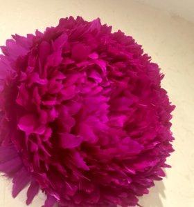 Цветок из перьев