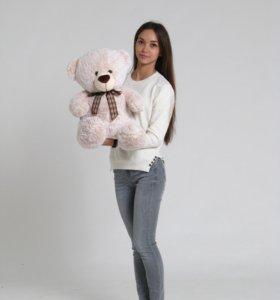 Продам больших медведей.