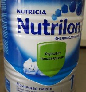 Nutrilon кисломолочный 1
