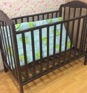 Кроватка детская + матрац