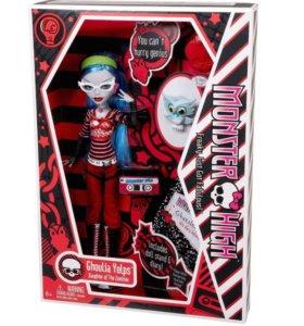 Monster High Ghoulia (Гулия) базовая с питомцем