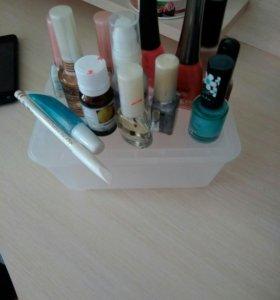 Лаки для ногтей с коробкой