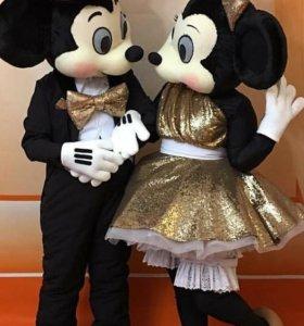 Поздравление от Микки Мауса и Мини