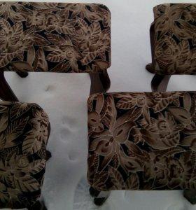 Мягкие стульчики