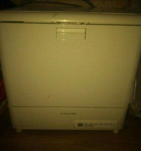 Посудомоечная машина Electrolux intuition ESF 2410