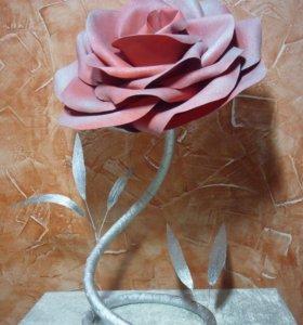 Интертерная роза