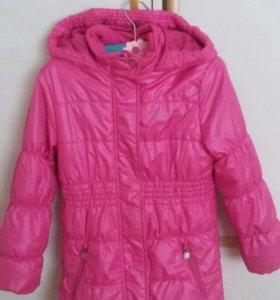 Куртка для девочки 122 осень-весна.