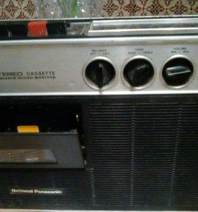 Магнитофон с приемником