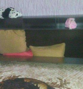Кровать с ортопедическим матрасом.