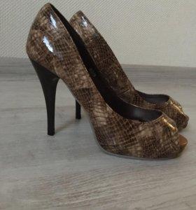 Туфли босоножки женские новые