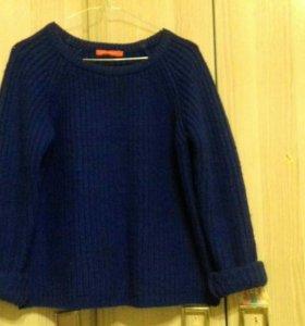 Вязаный свитер