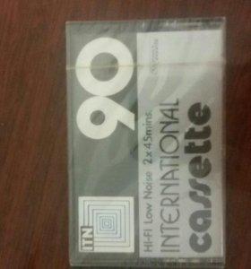 Чистая аудио касета для записи