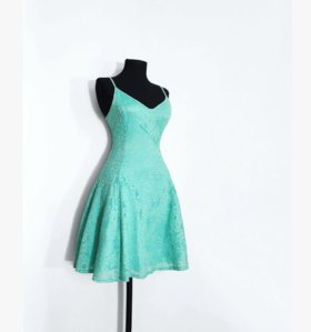Новое гипюровое платье с этикеткой