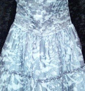 Платье без брителек