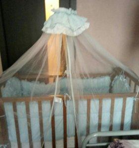 Детская кровать на мятнике