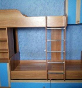 Двухярусная кровать (без матраса), шкаф в подарок
