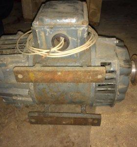 Электродвигатель П12